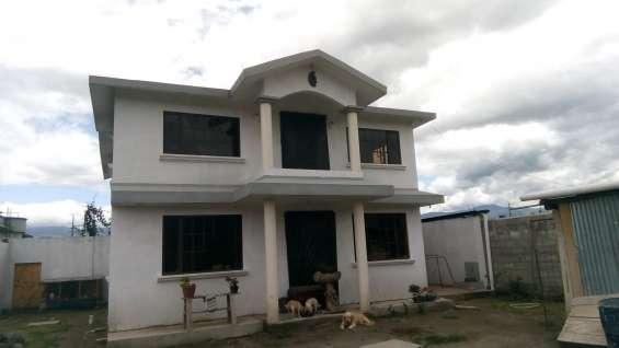 Casa en venta con terreno en sangolqui-fajardo