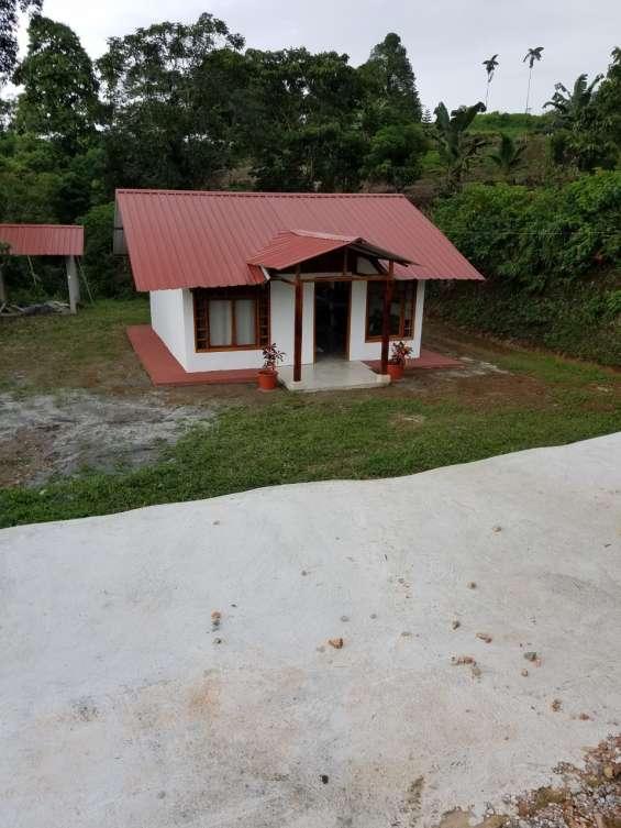 Vendo terreno de 657m2 con casa de 45m2