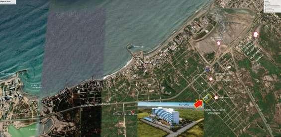 Solar de venta x la carretera al spondylus x el distribuidor de carros como se ve en la foto  es el q se va señalando con flecha blanca  mz 461a sl 16 medidas 25 x 10 = 250 mt.2.