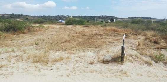 La playa del mansito y la mas cerca esta a lado del punta centinela