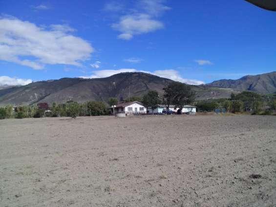 Dueño vende finca 2.5 hs ibarra salinas ecuador