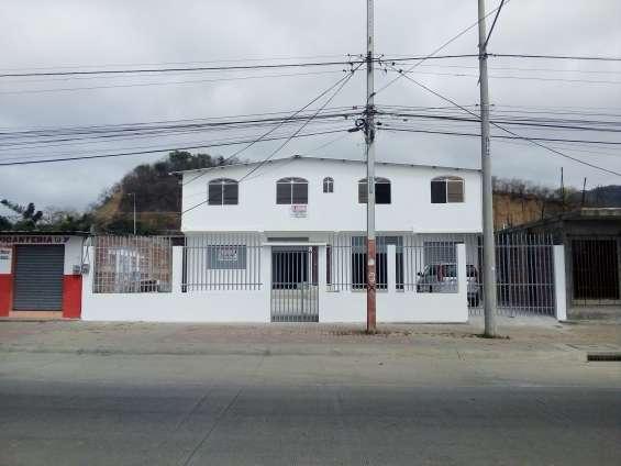 Casa comercial de venta
