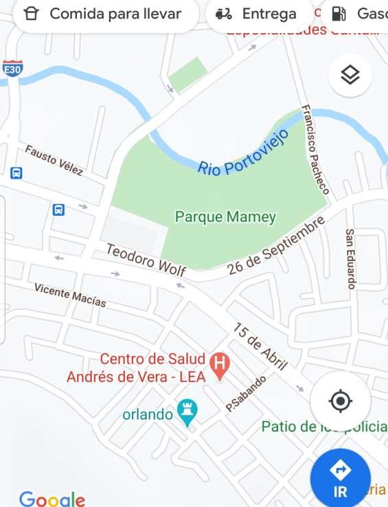 Vendo hermoso terreno central en portoviejo frente al parque mamey 2 frentes de 115m2