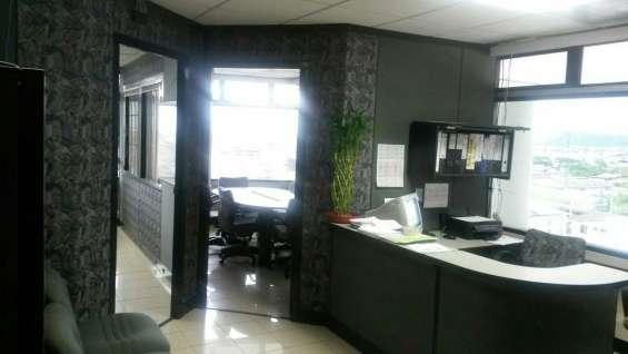 Alquilo oficina en toores del norte