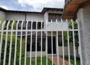 Casa en venta hermosa con bodega para comerciantes.
