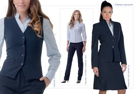Uniformes sobre medida ejecutivos mujer desde $ 95