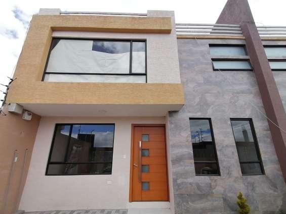Preciosa casa totalmente independiente en venta!!!!
